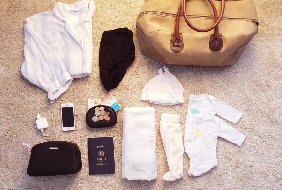 ffc70fa0d Cuando me tocó preparar la maleta del hospital leí demasiadas listas de  recomendaciones y esenciales que hay que meter. Tanto que acabé llenando  bultos como ...