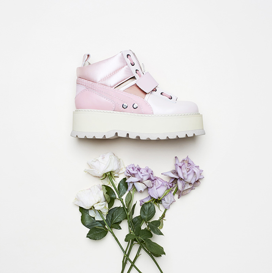 17SS_CC_Fenty-Collection_Sneaker-Boot-Strap-Womens_Product_0084