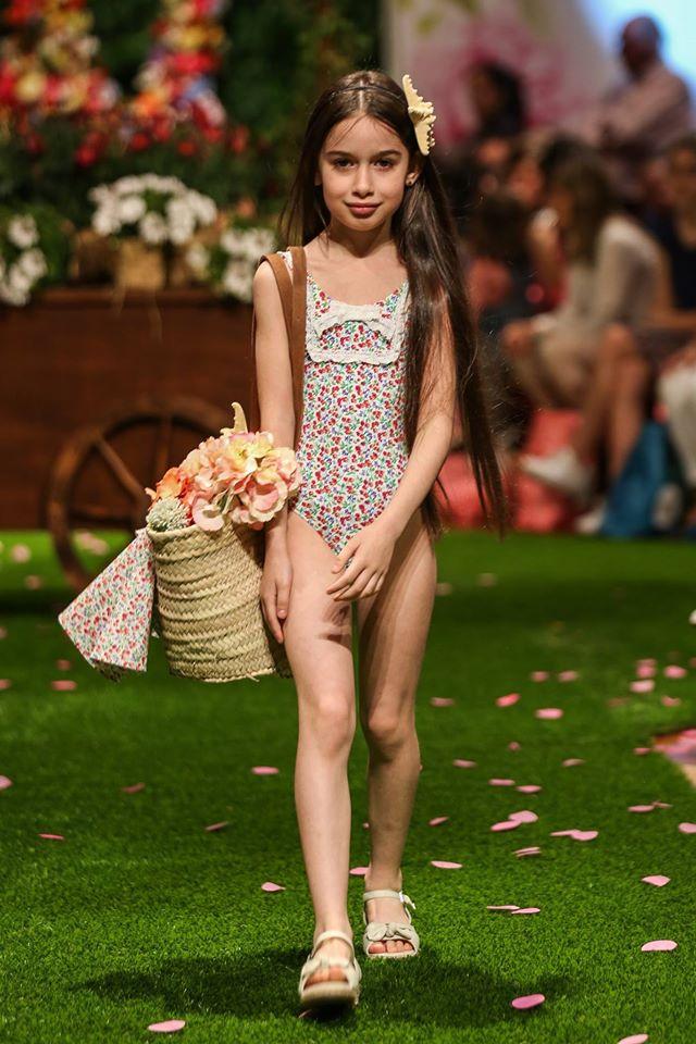 Be Style Walking Rude To Petit Magazine MadridMum VzpqSUM