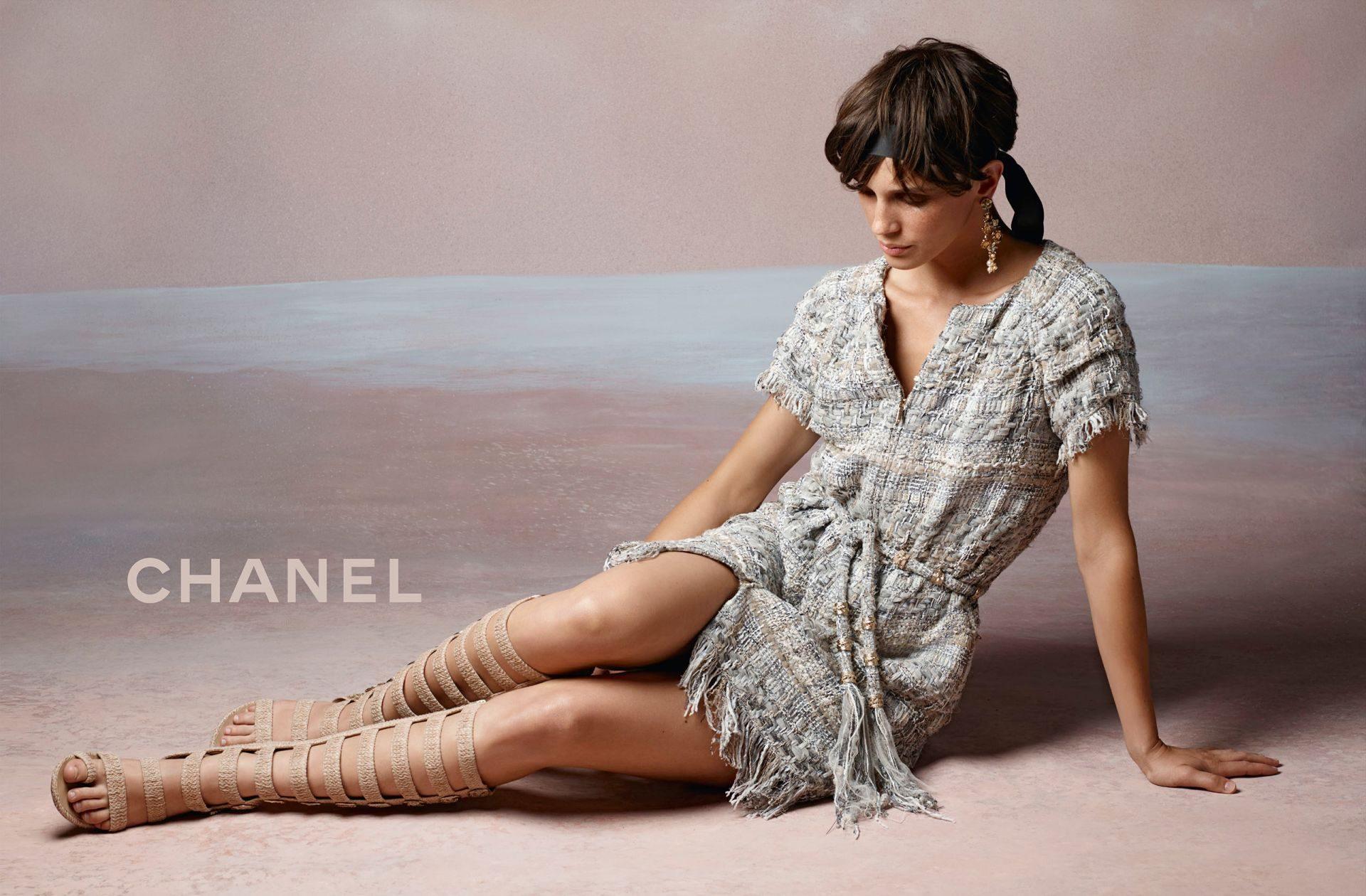 Chanel-resort-2018-ad-campaign-01
