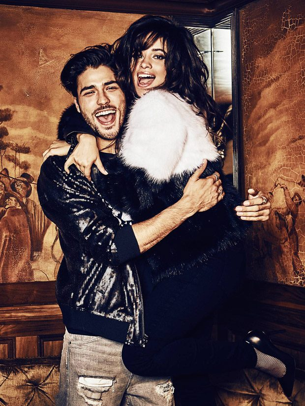 Guess-holiday-2017-ad-campaign-the-impression-07
