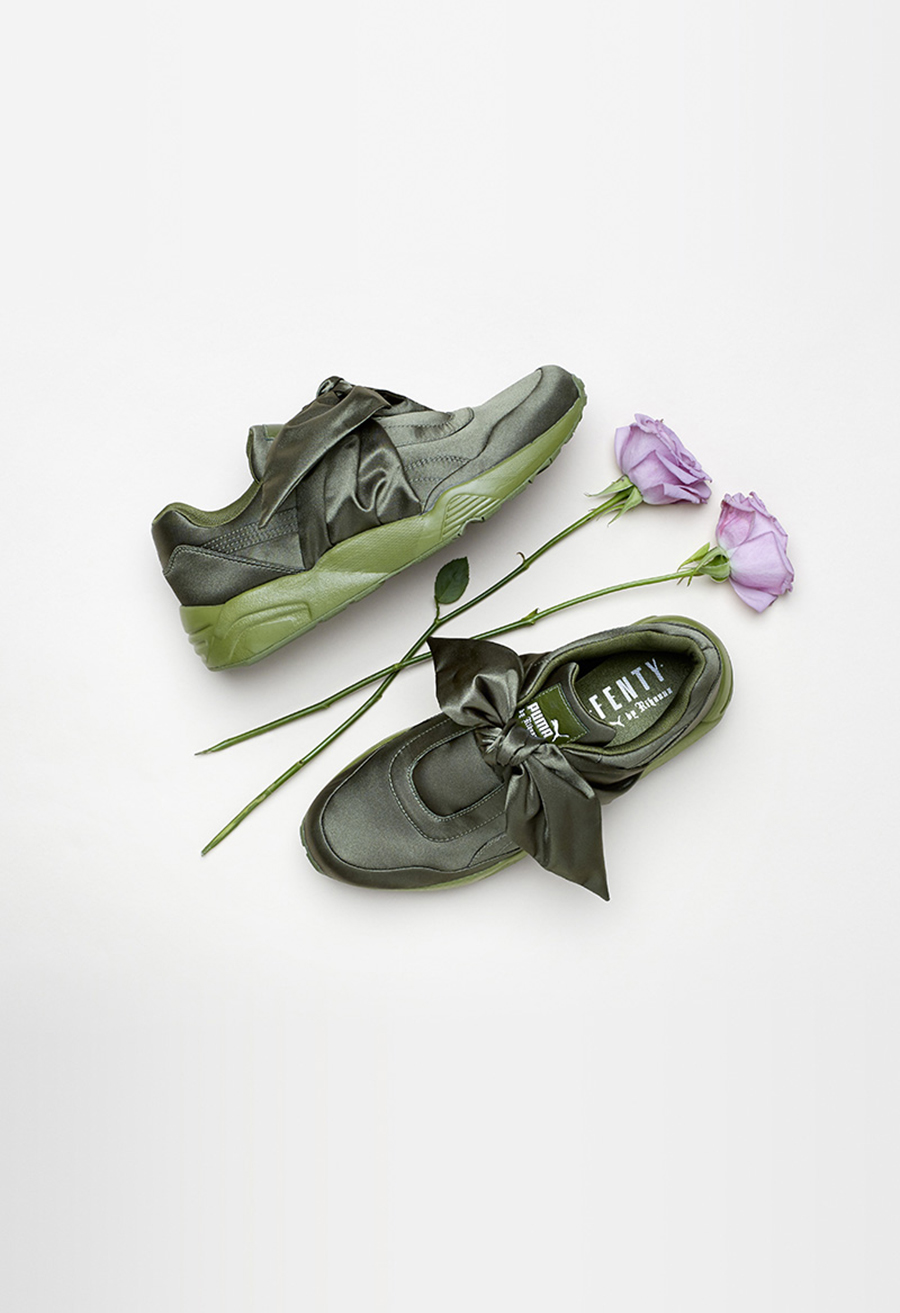 17SS_CC_Fenty-Collection_Bow-Trainer_Product_0219
