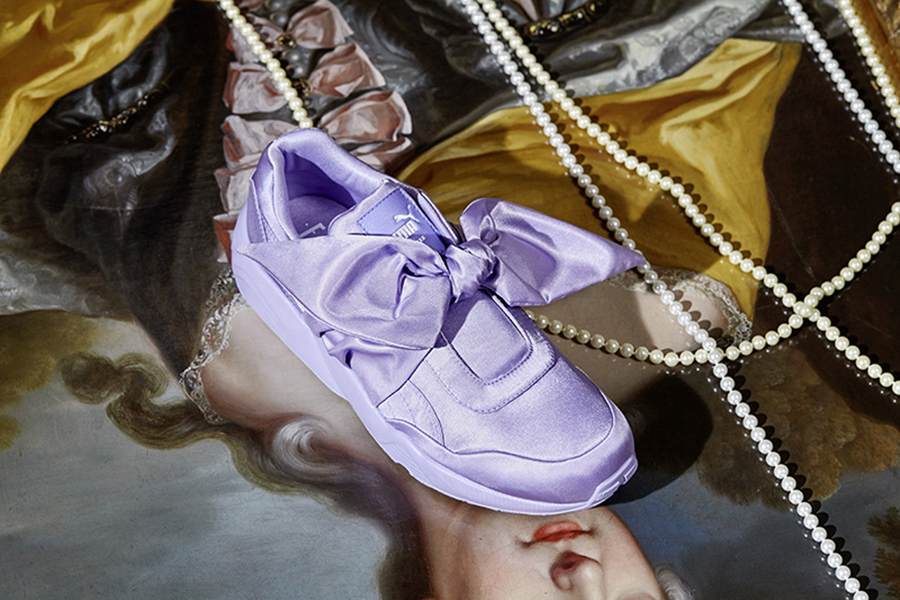 17SS_CC_Fenty-Collection_Bow-Trainer_Social_0356