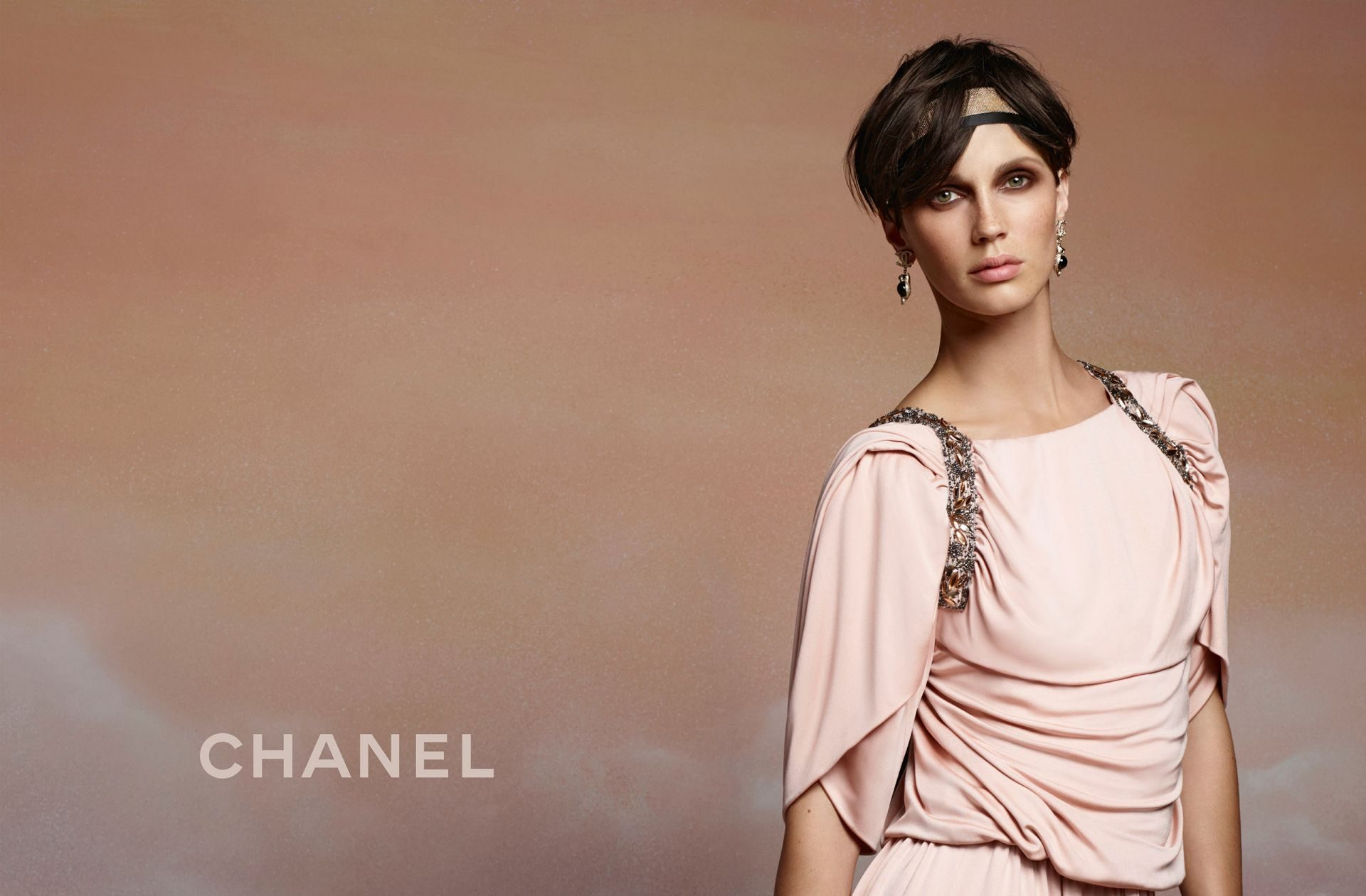 Chanel-resort-2018-ad-campaign-07