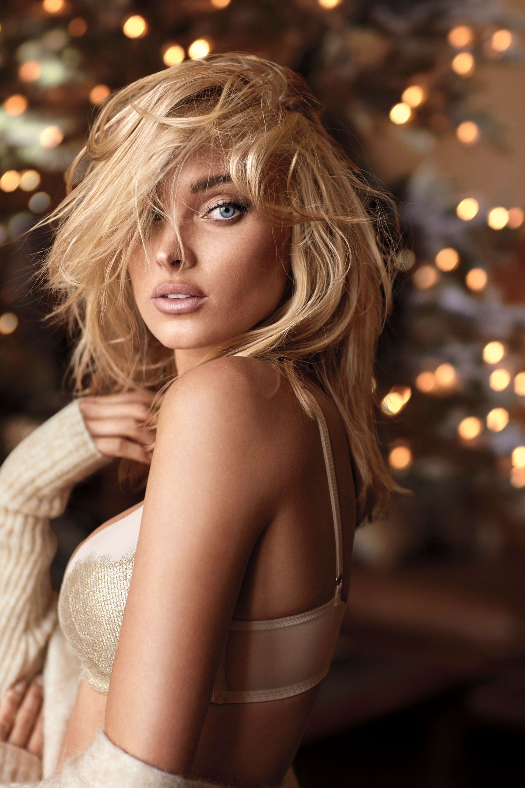 Victorias-Secret-holiday-2017-ad-campaign-the-impression-08